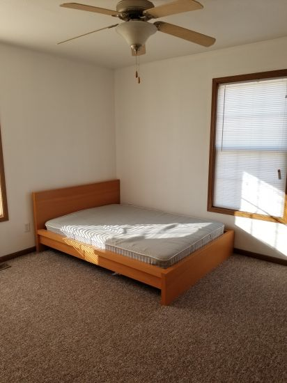 Eastern-Illinois-University-Apartment-Building-349242.jpg