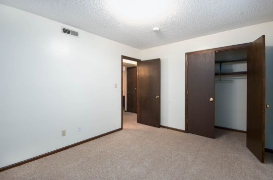 Bedroom Apartment Building at  - 519 Osage St, Manhattan, KS  66502, United States image 13