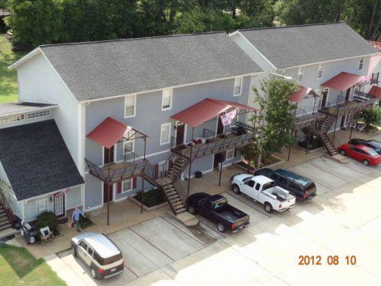 Mississippi-State-University-Apartment-Building-396750.JPG