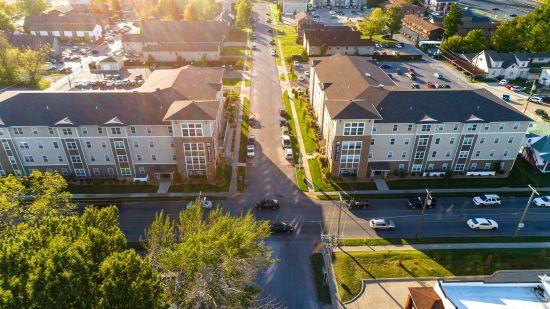 Missouri-State-University-Apartment-Building-401904.jpg