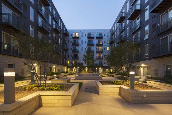 UMN-Apartment-Building-401435.jpg
