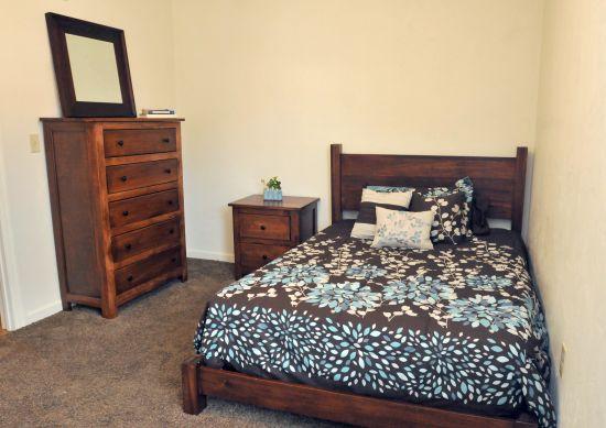 IUP-Apartment-Building-405853.jpg
