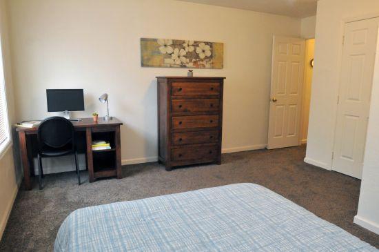 IUP-Apartment-Building-405858.jpg