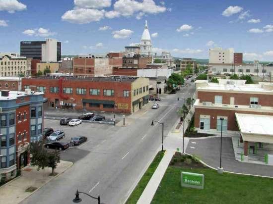 Purdue-Apartment-Building-441150.jpg