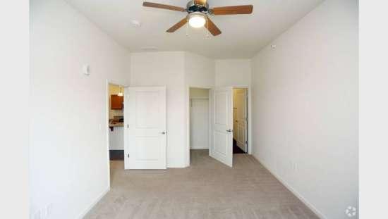 Purdue-Apartment-Building-441153.jpg