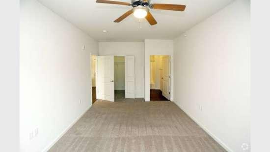 Purdue-Apartment-Building-441154.jpg