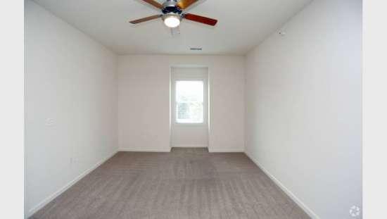 Purdue-Apartment-Building-441155.jpg