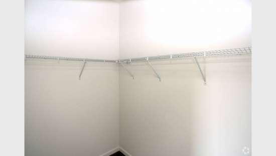 Purdue-Apartment-Building-441157.jpg