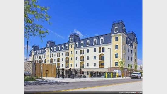 Purdue-Apartment-Building-441162.jpg