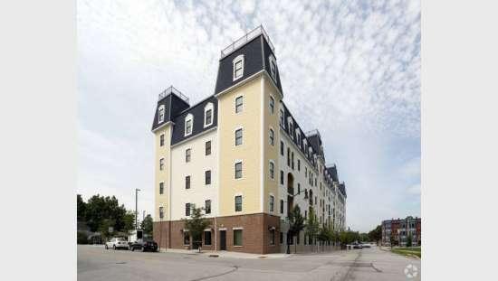 Purdue-Apartment-Building-441167.jpg