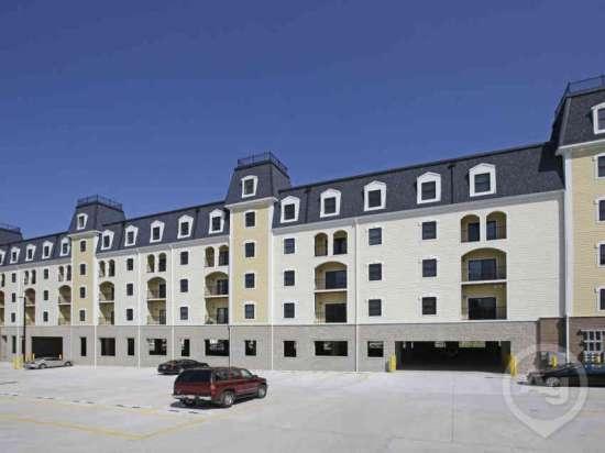 Purdue-Apartment-Building-441168.jpg