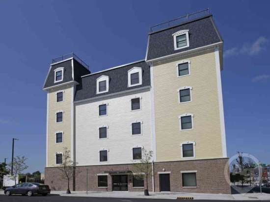 Purdue-Apartment-Building-441169.jpg