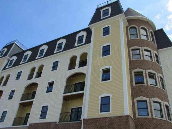 Purdue-Apartment-Building-441170.jpg