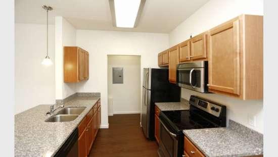 Purdue-Apartment-Building-441176.jpg