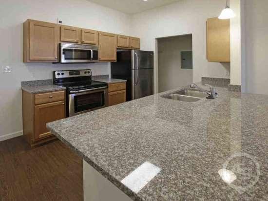 Purdue-Apartment-Building-441177.jpg