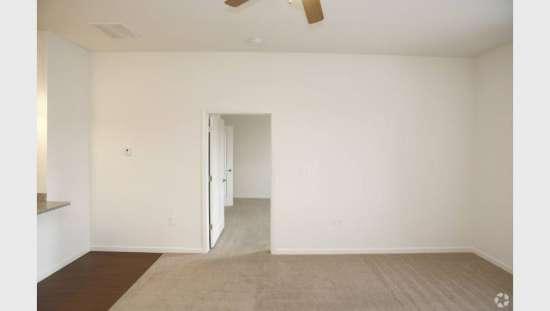 Purdue-Apartment-Building-441186.jpg