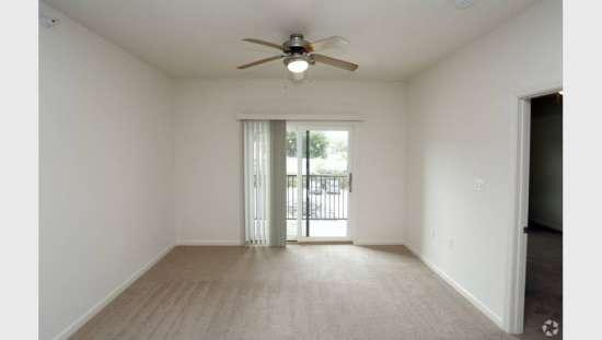 Purdue-Apartment-Building-441187.jpg