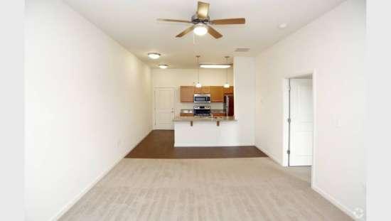 Purdue-Apartment-Building-441189.jpg