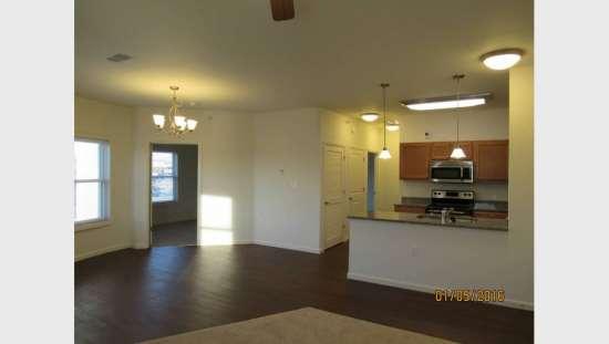 Purdue-Apartment-Building-441190.jpg