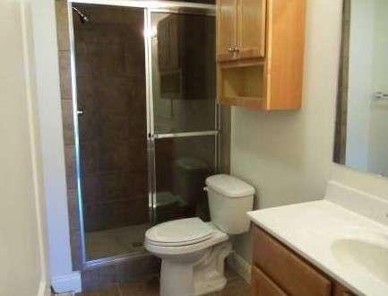 Purdue-Apartment-Building-441199.jpg