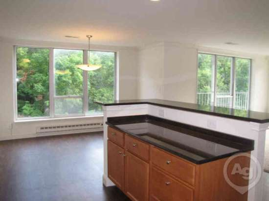 Purdue-Apartment-Building-441200.jpg