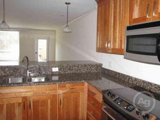 Purdue-Apartment-Building-441208.jpg