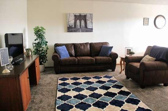 IUP-Apartment-Building-443717.jpg
