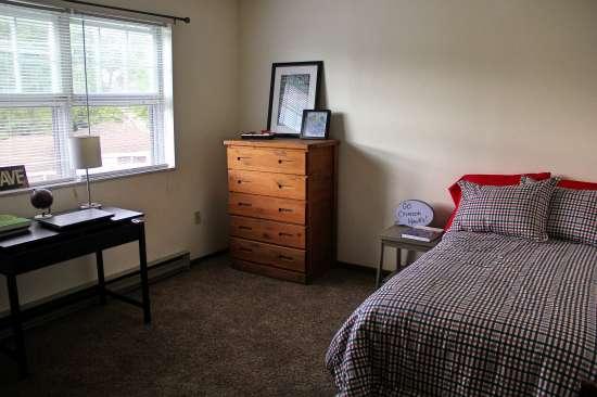 IUP-Apartment-Building-443718.jpg