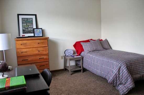 IUP-Apartment-Building-443719.jpg