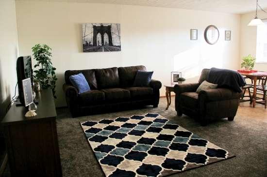 IUP-Apartment-Building-443724.jpg