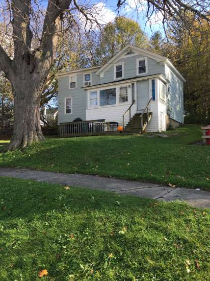 SUNY-Oswego-Apartment-Building-447134.JPG