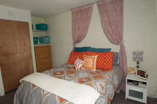 UIUC-Apartment-Building-464167.png