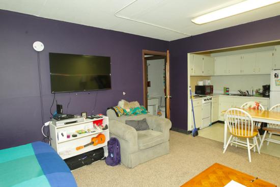 UIUC-Apartment-Building-464725.png