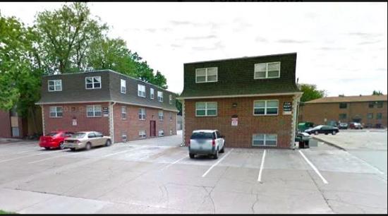 Bedroom Apartment Building at  - 917 Vattier St, Manhattan, KS  66502, United States image 1