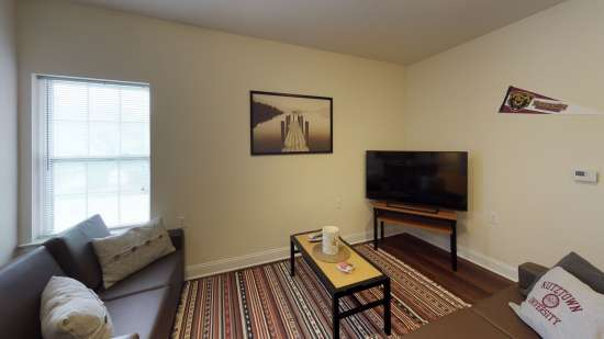 Bedroom Apartment Building at  - 88 Bieber Aly, Kutztown, PA  19530, United States image 9