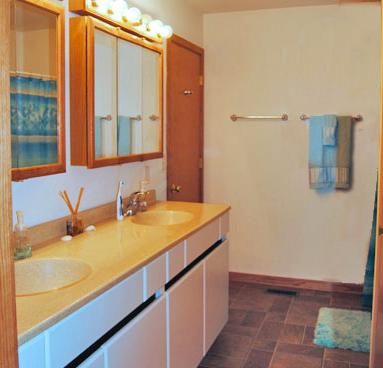 NIU-Apartment-Building-502184.png