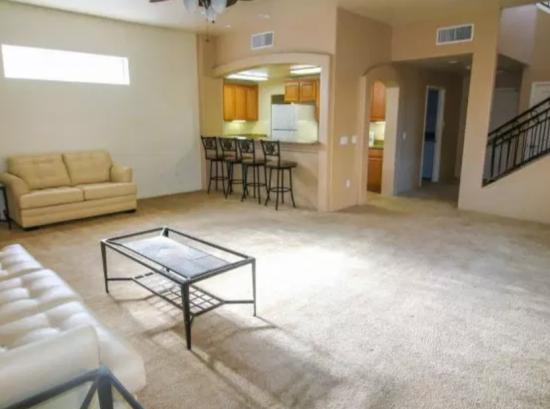 University-of-Arizona-Apartment-Building-499189.png