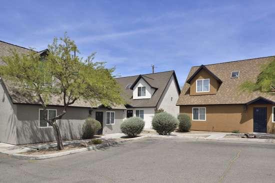 University-of-Arizona-Apartment-Building-505065.jpg