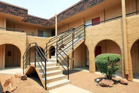 University-of-Arizona-Apartment-Building-507785.jpg