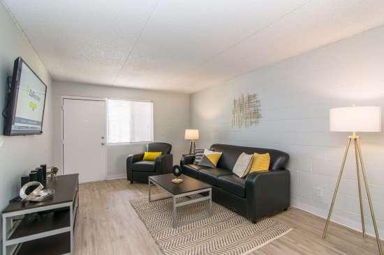 University-of-Arizona-Apartment-Building-512897.jpg
