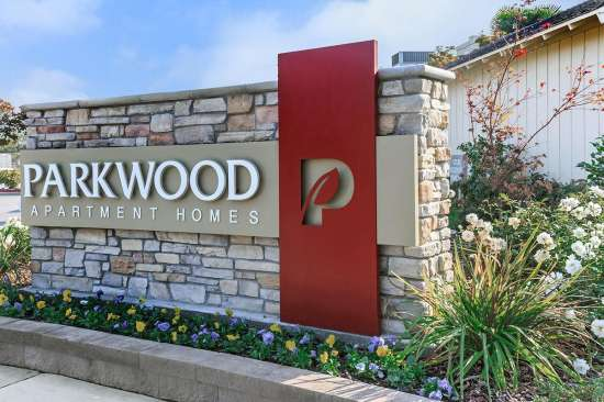 Parkwood Apartment Homes Fresno Rent College Pads