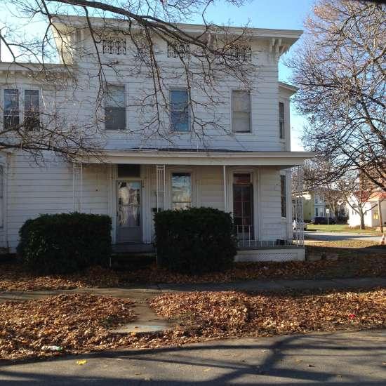 SUNY-Oswego-House-519031.jpg