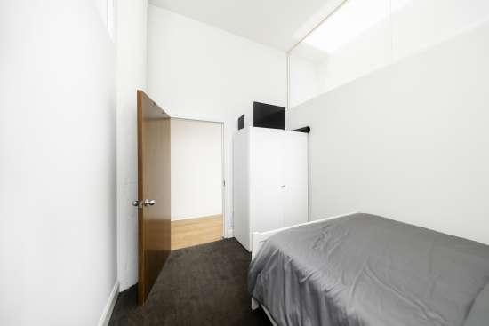 Temple-Apartment-Building-553036.jpg