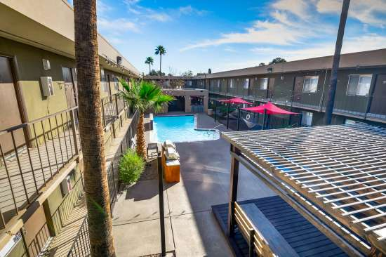 University-of-Arizona-Apartment-Building-554476.jpg