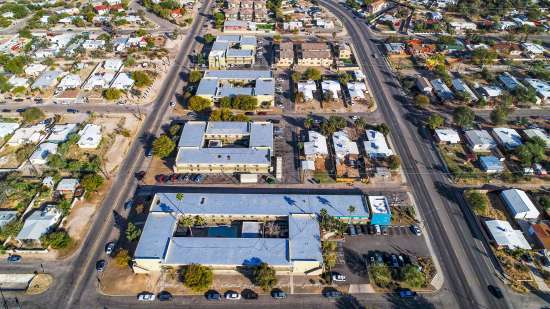 University-of-Arizona-Apartment-Building-554486.jpg