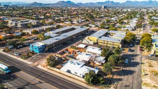 University-of-Arizona-Apartment-Building-554487.jpg