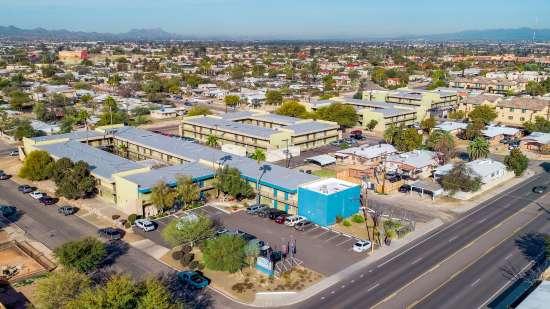 University-of-Arizona-Apartment-Building-554489.jpg