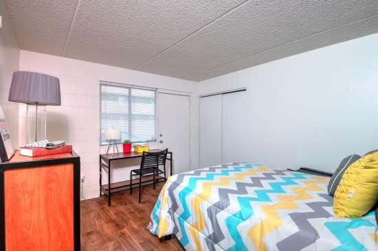 University-of-Arizona-Apartment-Building-554525.jpg