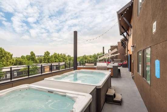 Colorado-State-University-Apartment-Building-559846.jpg