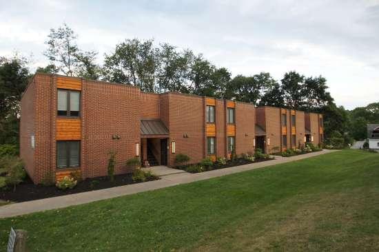 IUP-Apartment-Building-569078.JPG